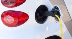 De voordelen & nadelen van de elektrische auto